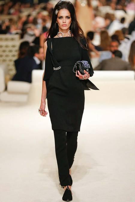 Chanel présente sa Collection croisière sur une île de Dubaï 10