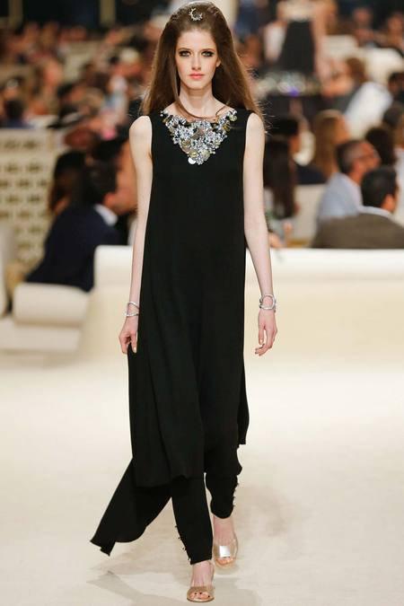 Chanel présente sa Collection croisière sur une île de Dubaï 11