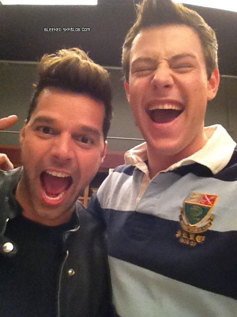 Glee cast et Ricky Martin sur le tournage