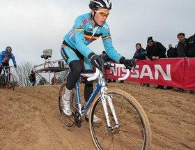 Niels Albert champion du monde de cyclo-cross ce dimanche à Coxyde, 7 Belges aux 7 premières places.