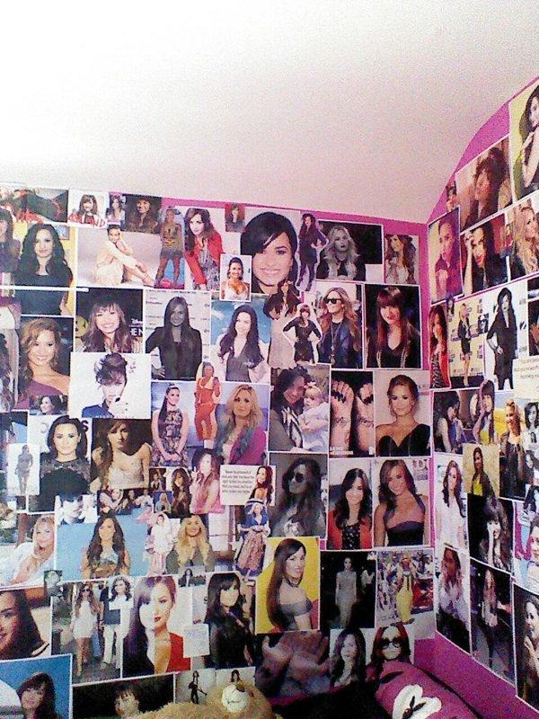 Mur en l'honneur de Demi
