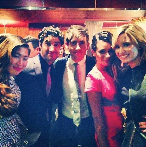 Demi & les acteurs de glee