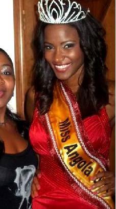 Ah...la délicieuse Miss Angola 2011... !