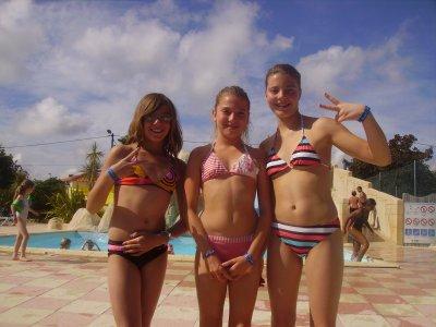 Ma soeur, une copine des vacances et MOI =)