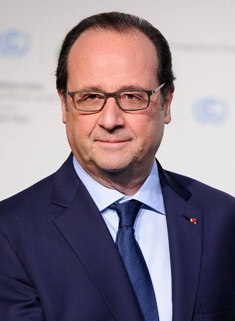 François Hollande, né le 12 août 1954 à Rouen (Seine-Inférieure, aujourd'hui Seine-Maritime), est un homme d'État français, président de la République du 15 mai 2012 au 14 mai 2017.