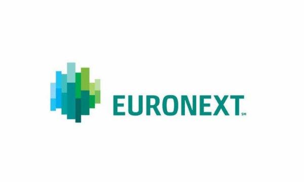 Euronext opère sur quatre places en Europe sur lesquelles sont négociés les titres, actions et obligations, émis par de grandes entreprises aussi bien que des PME-ETI ainsi qu'une grande variété d'instruments financiers. En 2012, Euronext annonce la création d'Euronext London, destiné à coter des entreprises à partir de Londres. Cette initiative renforce l'étendue de l'offre d'Euronext. Euronext calcule et diffuse une série d'indices sur chacune de ses places, parmi lesquels les indices phare, AEX 20, BEL20, CAC 40 et PSI 20. Par ailleurs, plus de vingt des grandes entreprises cotées sur Euronext sont présentes dans l'indice Euro Stoxx 50.