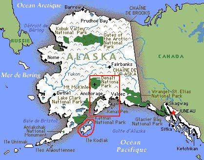 Alaska est la version russe (Аляска) du mot aléoute Alakshak signifiant « terres » ou « grande péninsule ». Les Aléoutes sont des Esquimaux habitant les îles Aléoutiennes et l'ouest de l'Alaska.