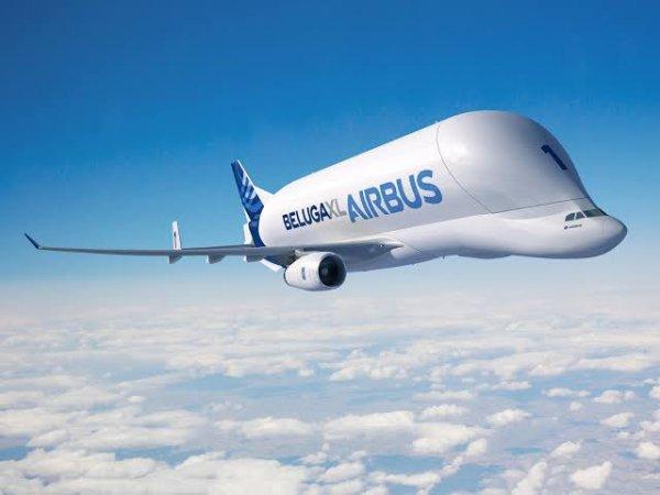 Les Belugas assurent le transport pièces des moyens et gros-porteurs d'Airbus jusqu'à l'avènement de l'A380 dont certains sous-ensembles de grande taille (tronçons de fuselage, ailes) ne peuvent être introduits dans leur soute. Airbus met alors au point une nouvelle organisation combinant transport aérien, maritime et terrestre par avions, navires-cargo, barges et camions.
