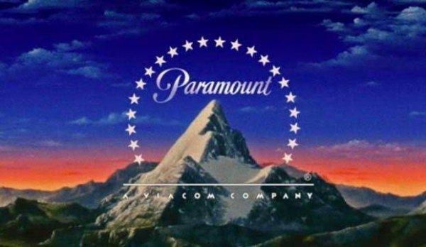 Paramount Pictures Corporation (aussi connu sous le nom de Paramount) est l'une des plus grandes sociétés de production cinématographique. Elle est issue de la fusion en 1916 de la Famous Players, créée en 1912 par Adolph Zukor, avec la Jesse L. Lasky Feature Play Company et qui absorbent la Paramount Pictures Corporation une petite société fondée en 1914. C'est le plus ancien studio de cinéma américain encore en activité avec Universal Pictures. Filiale du conglomérat Viacom, son siège social se situe sur Melrose Avenue à Hollywood, en Californie au sein des Paramount Studios.