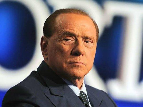 Silvio Berlusconi (Prononciation du titre dans sa version originale Écouter), autrefois surnommé il Cavaliere[N 1], né le 29 septembre 1936 à Milan, est un homme d'affaires et homme d'État italien, président du Conseil des ministres de 1994 à 1995, de 2001 à 2006 et de 2008 à 2011.