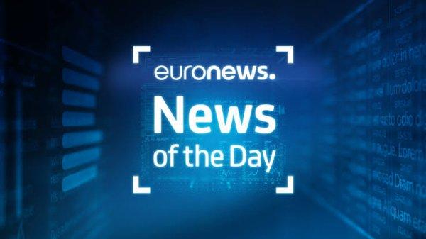 Le 2 octobre 2012, Euronews lance une radio numérique dénommée Euronews Radio. Elle diffuse des bulletins d'information toutes les demi-heures (toutes les 15 minutes entre 6 h et 10 h), entrecoupés de chroniques sur l'économie, le sport, la culture, la science, la musique, et une programmation musicale,.
