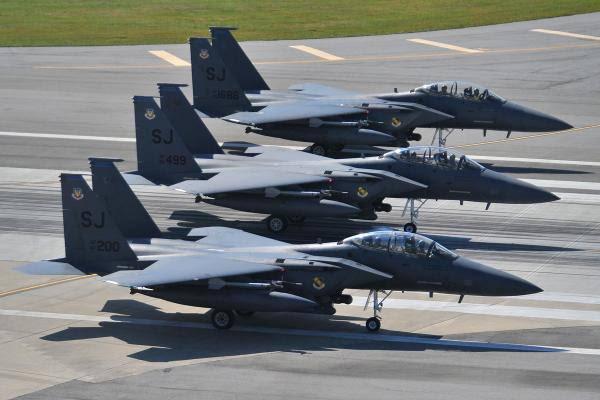Le F-15E est un avion d'attaque au sol biplace à grand rayon destiné à l'US Air Force. Un total de 236 exemplaires ont été construits de 1985 à 2001.