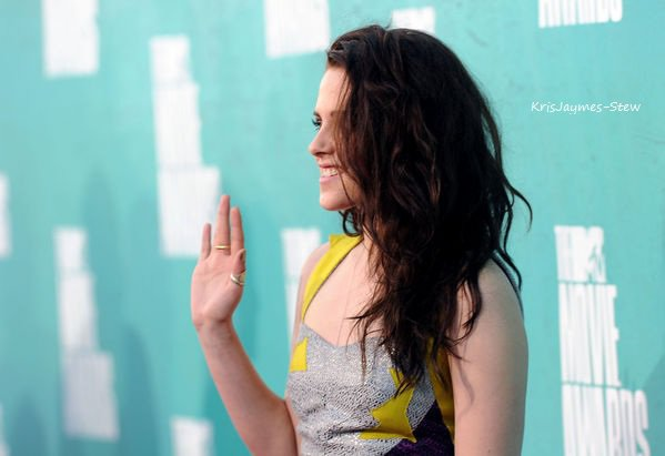 Kristen au The Movie Awards 2012 (3.06.12)