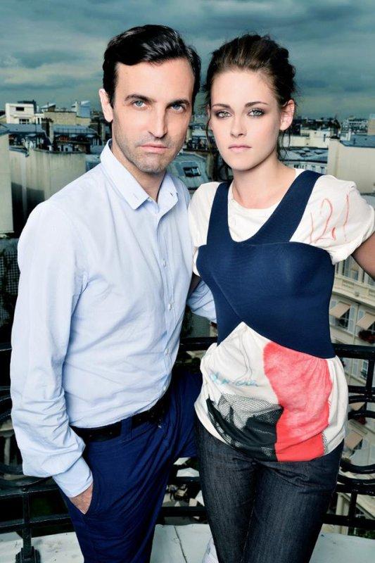 Kristen et Nicolas Ghesquière pour Balenciaga à Paris.