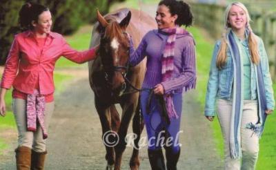 carole Lisa et Stéph et un cheval