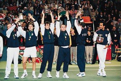 1996 : Tennis, Voile.
