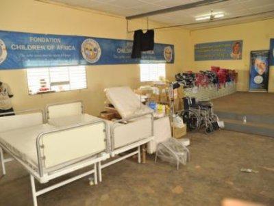 Remise de matériel médical