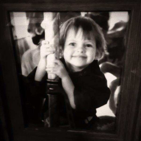 Nouvelles photos de Kristen dans son enfance