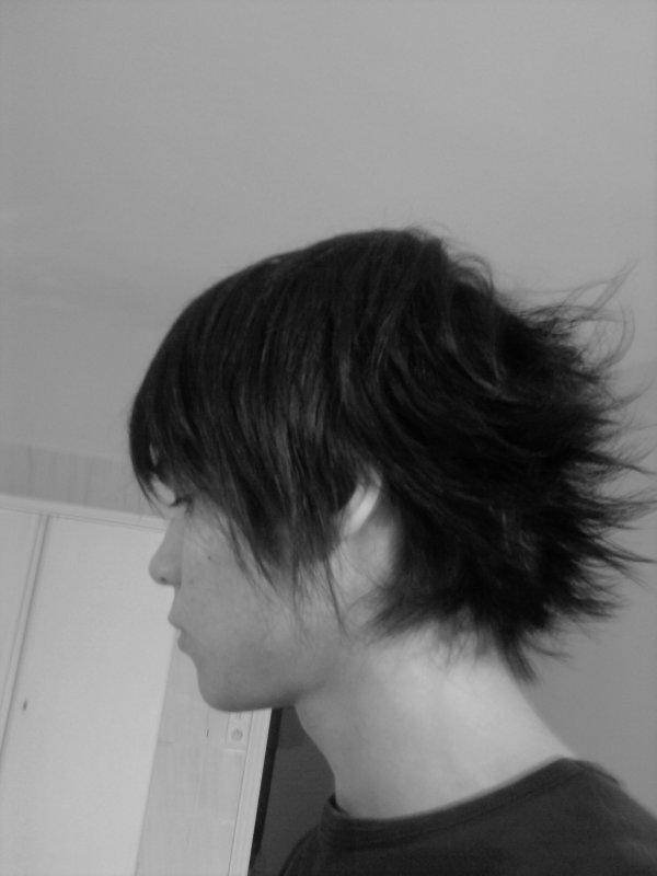moi avec ma nouvelle coupe de cheveux xp