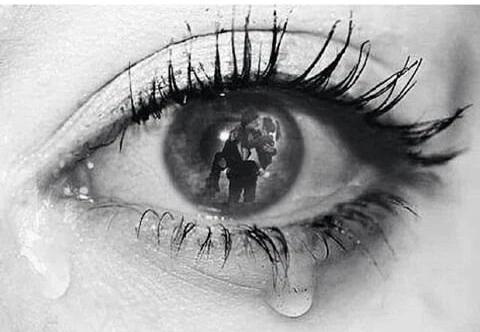 Je n'aurais jamais imaginer que l'amour pouvait faire autant de mal .