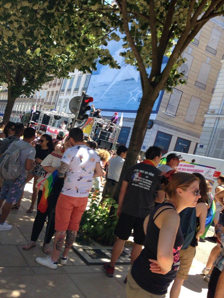 Gay pride lyon 2017