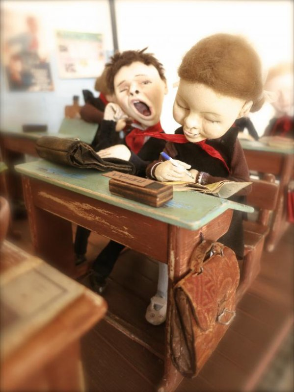 Les poupées-pionniers