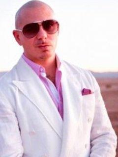 Pitbull de retour et en duo avec Christina Aguilera