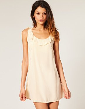 Les robes tendances by asos.