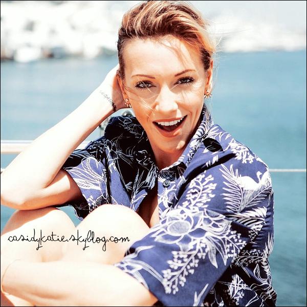 11 juin 2015 - Découvrez un nouveau photoshoot de Katie pour son blog Tomboy KC.___________ Que penses-tu de la tenue de Katie ?.
