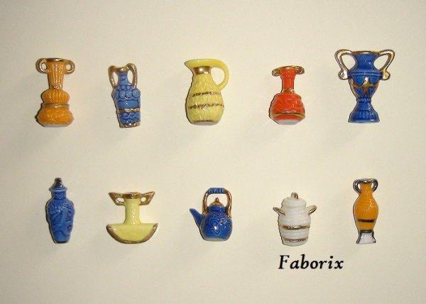 """Les vases et amphores """"Filets Or"""" 2003 Thiolat"""