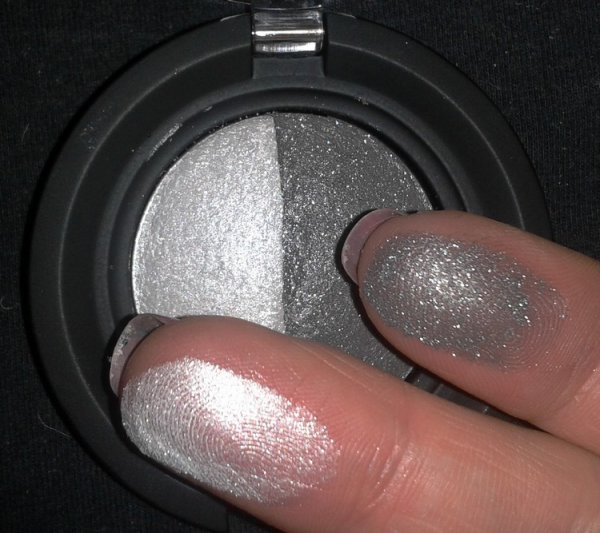 "Color sphère Duo Eye Shadow "" 110 Ligth Gray /Anthracite """