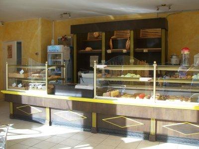 lintrieur de la boulangerie patisserie au fournil de camille