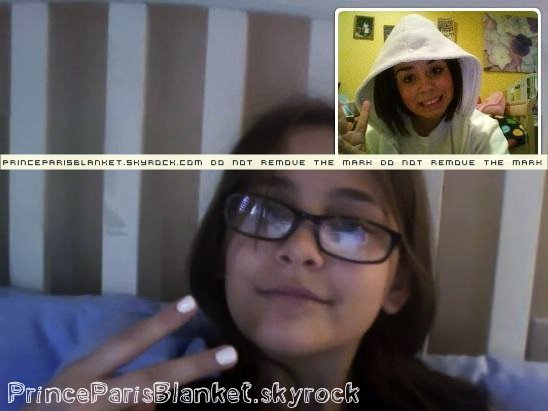 Foto Privada | Paris y Gabbie en iChat