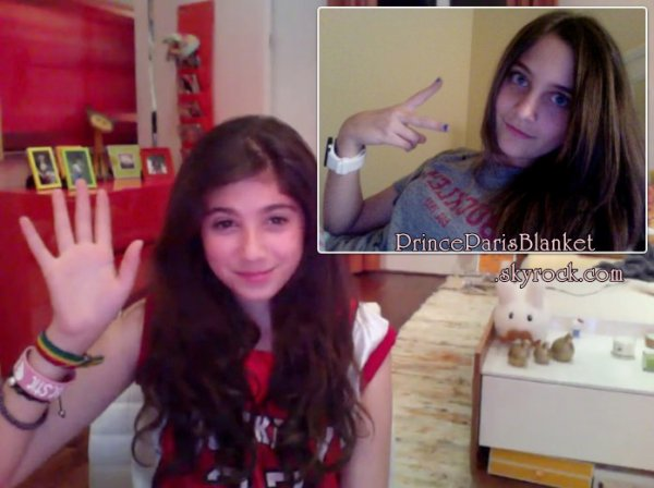 Fotos Personales | Paris Jackson y Emma Marciano iChat