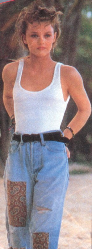 VANESSA PARADIS  AU BAHAMAS EN 1988