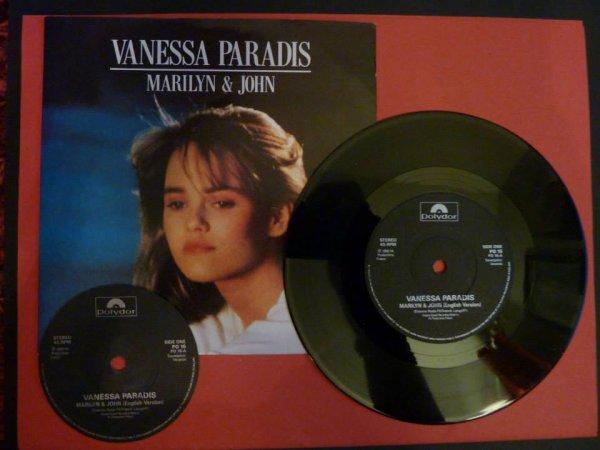 VANESSA  PARADIS JEUNE