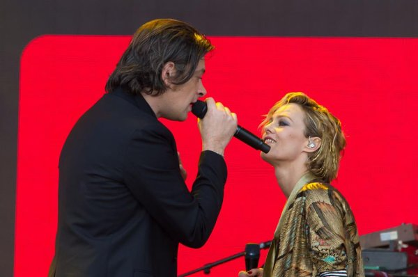 VANESSA PARADIS en concert Sydaction