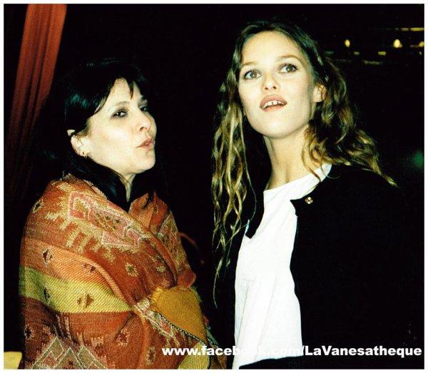 VANESSA PARADIS & SA MAMAN