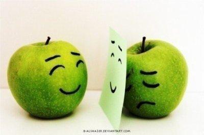 Un sourir peut cacher tellement de chose alors imagine ce que peut cacher un rire ! ;)