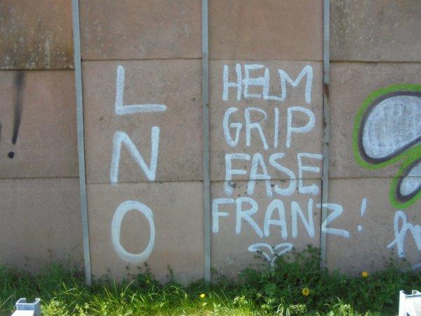 LNO CREW HELM GRIP FASE FRANZ