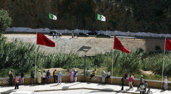 ...........................vive le maroc et l'algerie.......................................
