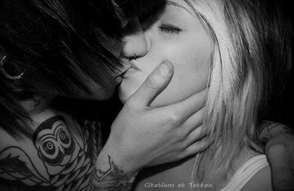 """""""Tu ne sais jamais que le dernier baiser sera le dernier, tu penses qu'il y en aura plein d'autres, tu crois que tu as la vie, mais c'est faux."""" [Grey's Anatomy]"""