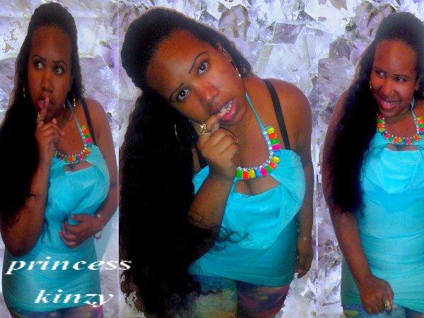 Sexy en bleu - Princess Kinzy