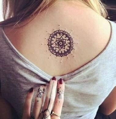 Faire son premier tatouage