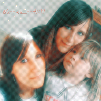 :) Mwa et ma tite soeur Lili :)