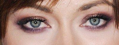 Les yeux bleu ..