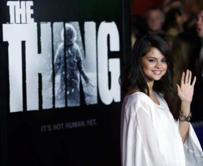 Selena était hier a la premiére de The Thing