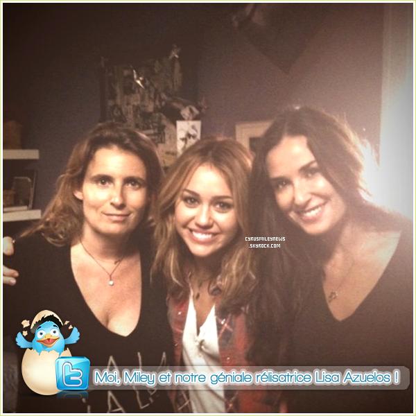 """. Twitter - Message et photo postés par Demi Moore, la mère de Miley dans """"LOL"""""""