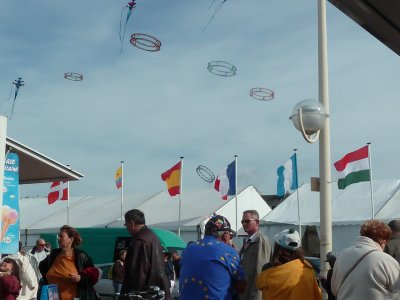 C,est joli le ciel ! de Dieppe avec ses cerf-volants