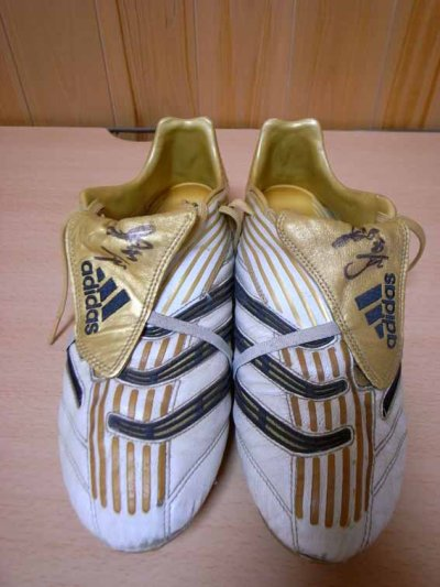 06/07 Celtic #25 Nakamura Training-worn boots (1)